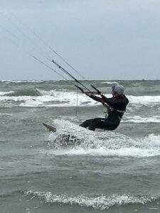 Lerne das Kiten auf Albarella in Italien.